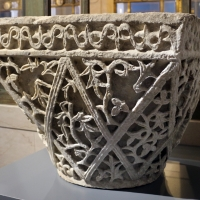 Area costantinopolitana, capitello imposta a paniere, VI secolo (ravenna, museo nazionale) 02 - Sailko - Ravenna (RA)
