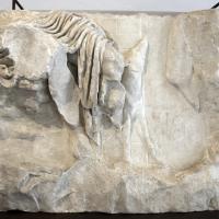 Frammento di rilievo con anfione e zeto, 1-20 dc. ca - Sailko - Ravenna (RA)