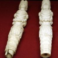 Germania (attr.), coppia di manici di posate a froma di erme, 1690 ca - Sailko - Ravenna (RA)
