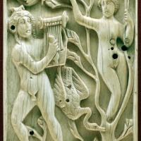 Egitto ellenistico, formella con apollo e dafne, avorio, 490 dc ca - Sailko - Ravenna (RA)