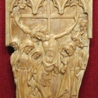 Francia settentrionale (forse), anta di dittico con la crocifissione, 1370-1400 ca - Sailko - Ravenna (RA)