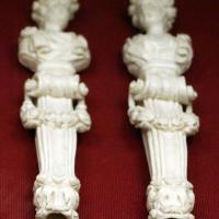 Francia, coppia di manici di posate a forma di erme, 1810 ca - Sailko - Ravenna (RA)