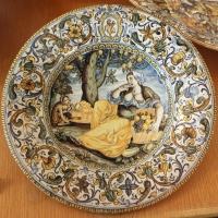 Castelli, piatto, 1650-1700 ca. fruttivendola e scimmia - Sailko - Ravenna (RA)