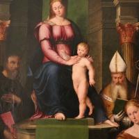 Luca longhi, madonna in trono col bambino tra i ss. benedetto, paolo, apollinare e barbara 02 - Sailko - Ravenna (RA)