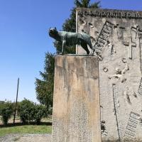 Monumento ai caduti 2, all'esterno del cimitero monumentale di Massa Lombarda - Drake9996 - Massa Lombarda (RA)