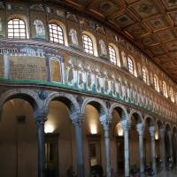 Sant'Apollinare Nuovo - panoramica lato sinistro - LadyBathory1974 - Ravenna (RA)