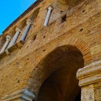 Chiesa di San Salvatore ad Chalchis cosiddetto Palazzo di Teodorico facciata dal basso verso l'alto - Opi1010 - Ravenna (RA)