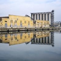 Vecchia fabbrica con riflesso - Domenico Bressan - Ravenna (RA)