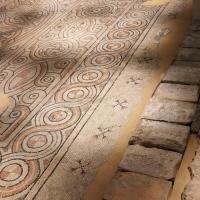 Domus dei tappeti di pietra - contrasto di colori - LadyBathory1974 - Ravenna (RA)