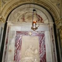 Tomba di Dante - vista frontale interno - LadyBathory1974 - Ravenna (RA)