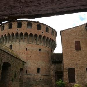 Rocca Sforzesca - Bagnara - Corte foto di: |Bagnara di Romagna| - Comune