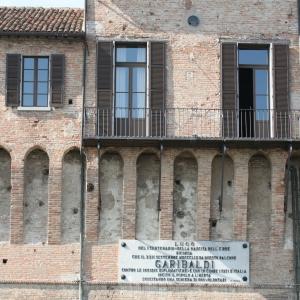 Rocca Estense - Rocca Estense, il balcone da cui parlò Giuseppe Garibaldi nel 1859 foto di: Gianni Bartolotti - Archivio fotografico comunale