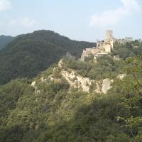 Castello di Carpineti dal sentiero Spallanzani lato est - Manuel.frassinetti - Carpineti (RE)