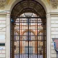 Cancello di ingresso al palazzo - Andrea Incerti - Correggio (RE)