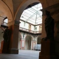 Statue nel palazzo - Elesorez - Guastalla (RE)