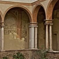 Porticato cortile interno ai Chiostri di San Pietro - Caba2011 - Reggio nell'Emilia (RE)