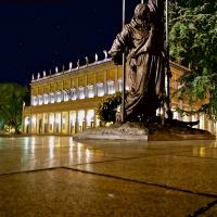 """Monumento ai Caduti con Teatro Municipale """"Valli"""" - Caba2011 - Reggio nell'Emilia (RE)"""