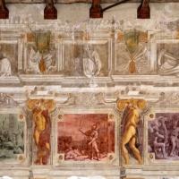 Pier francesco battistelli e aiuti, affreschi con scene dell'orlando furioso e della gerusalemme l. tra telamoni, 1619-28, 04 - Sailko - Gualtieri (RE)