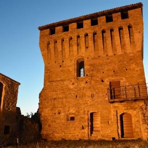 Castello di Sarzano - Castello di Sarzano - Mastio foto di: Beppe Lombardi - Archivio personale dell'autore