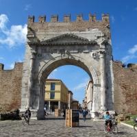 Rimini, arco di augusto, lato esterno 02 - Sailko - Rimini (RN)