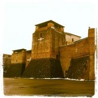 Particolare del castello in una giornata di inverno - opi1010 - Opi1010 - Rimini (RN)