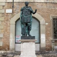 Rimini, piazza tre martiri, statua di cesare - Sailko - Rimini (RN)