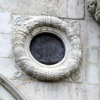 Tempio malatestiano, ri, facciata, ghirlanda-oculo - Sailko - Rimini (RN)