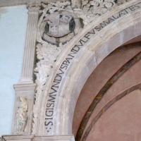 Cappella dei giochi infantili, arcone 01 - Sailko - Rimini (RN)