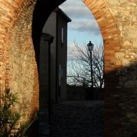 Dietro la porta la casa - LaraLally19 - Montefiore Conca (RN)