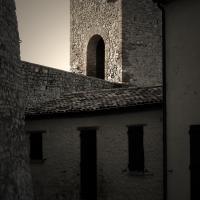 La casa nella rocca e le mura antiche - LaraLally19 - Montefiore Conca (RN)