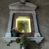 Particolare della Madonna nella parete interna della porta Curina - LaraLally19 - Montefiore Conca (RN)