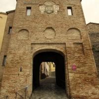 Una porta antica attraversata dai venti del tempo - LaraLally19 - Montefiore Conca (RN)