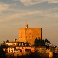 La rocca ed il suo borgo al tramonto - LaraLally19 - Montefiore Conca (RN)