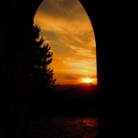 Un arco antico pieno di colori - LaraLally19 - Montefiore Conca (RN)