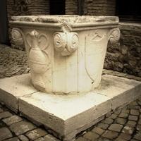Antica cisterna all'interno del cortile del castello - LaraLally19 - Montefiore Conca (RN)