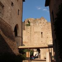 Castel sismondo, slargo interno 01 - Sailko - Rimini (RN)