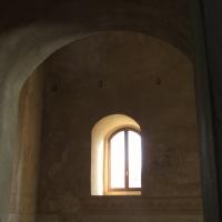 Finestre antiche che riflettono storie del passato - Larabraga19 - Montefiore Conca (RN)