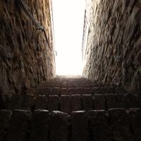 Salendo verso la terrazza della Rocca - Larabraga19 - Montefiore Conca (RN)
