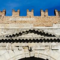 In cima all'Arco di Augusto - Opi1010 - Rimini (RN)