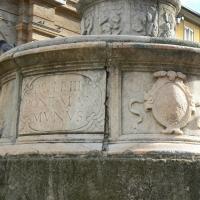 Particolare fontana della pigna - Rimini 7 - Paperoastro - Rimini (RN)
