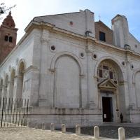 Vista frontale tempio malatestiano - Irene giovannini - Rimini (RN)