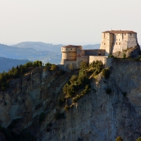 Il monte con la Rocca di San Leo - Antonini.cristiano - San Leo (RN)