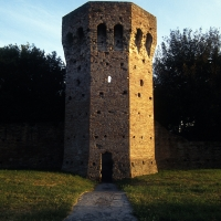 Rimini Mura Malatestiane Borgo San Giuliano by Saro Di Bartolo - Saro di bartolo - Rimini (RN)