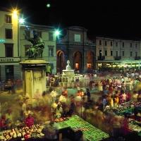 Rimini Piazza Cavour Mercato Antiquariato by Saro Di Bartolo 02 - Saro di bartolo - Rimini (RN)