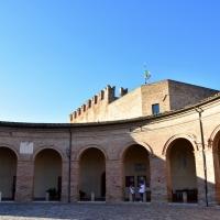 Loggiato e Rocca - Daniela Lorenzetti - Mondaino (RN)