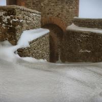 La Rocca e la Galaverna....ghiaccio sulla neve2 - Larabraga19 - Montefiore Conca (RN)