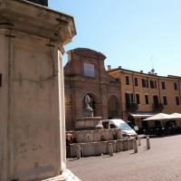 Tra la pescheria e il papa - Marmarygra - Rimini (RN)