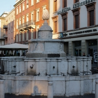 Fontana della Pigna di Piazza Cavour - Thomass1995 - Rimini (RN)