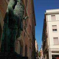 In fondo alla via - Marmarygra - Rimini (RN)