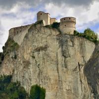 La Rocca e lo srapiombo - Carlo grifone - San Leo (RN)